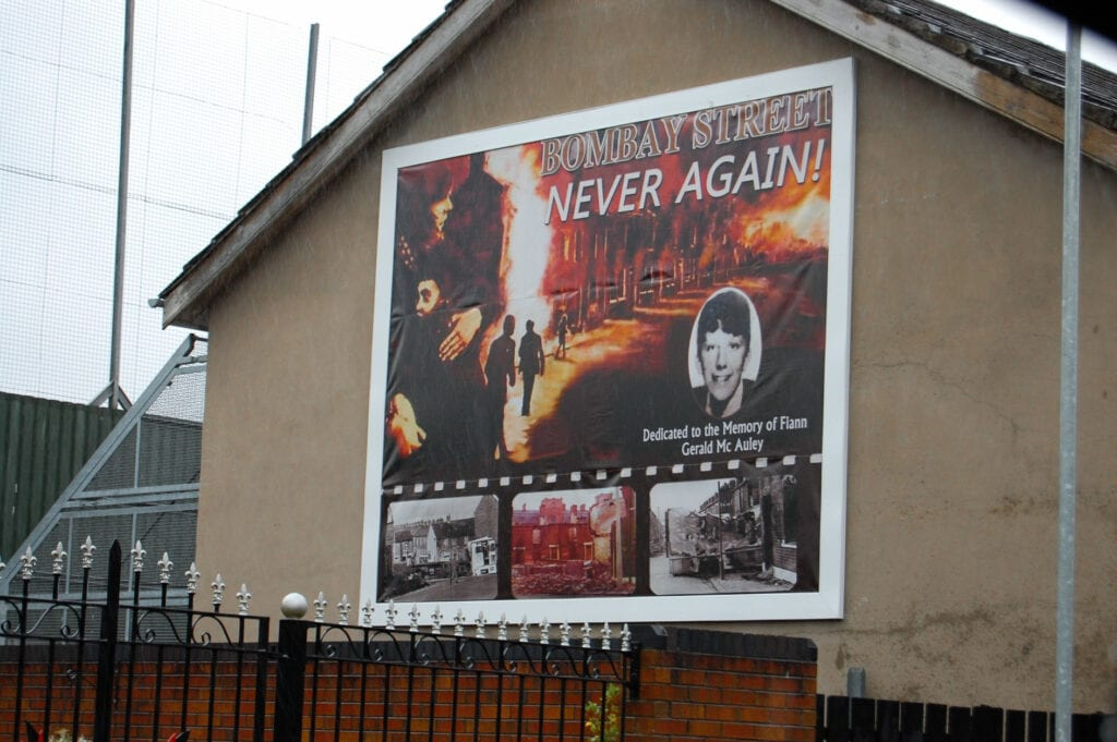 NEVER AGAIN sign on building in Belfast, Ireland