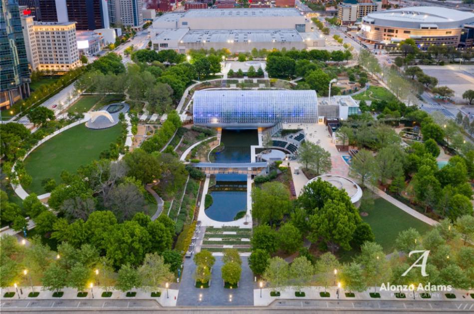 The Myriad Botanical Gardens outdoor grounds